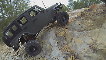 1/10 AXIAL SCX-10 JEEP crawler