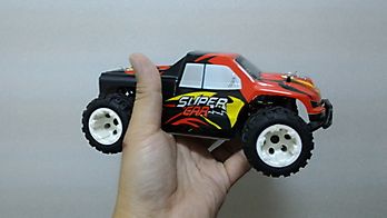 WL-TOYS A212 1/24 scale 4WD truck